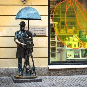 Памятник фотографу в Санкт-Петербурге