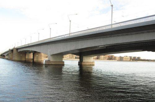 Мост Александра - Невского