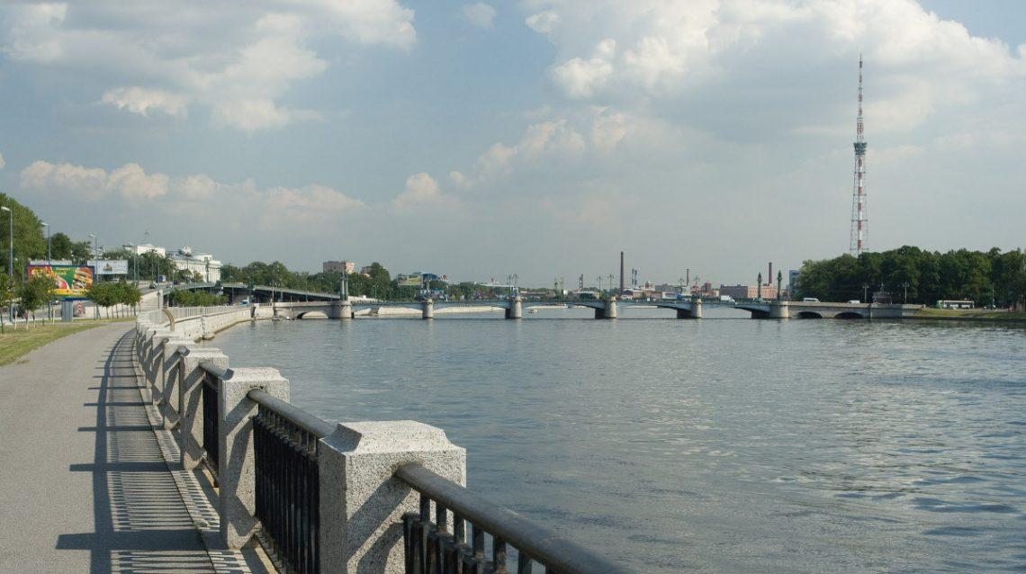 Ушаковский мост в Петербурге