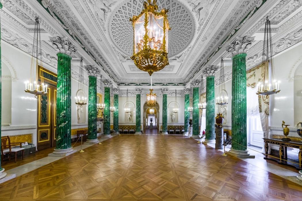 Интерьер Павловского дворца: Греческий зал