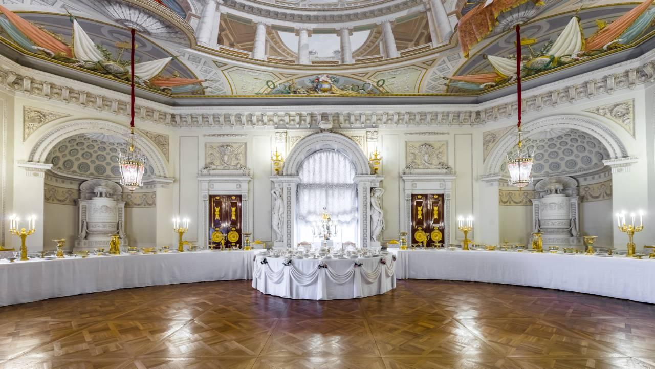 Большой или Тронный зал Павловского дворца