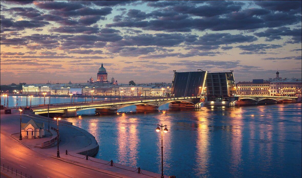 Разводные мосты Петербурга — вид с крыши