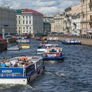 Прогулки по рекам и каналам Санкт-Петербурга в 2020 году