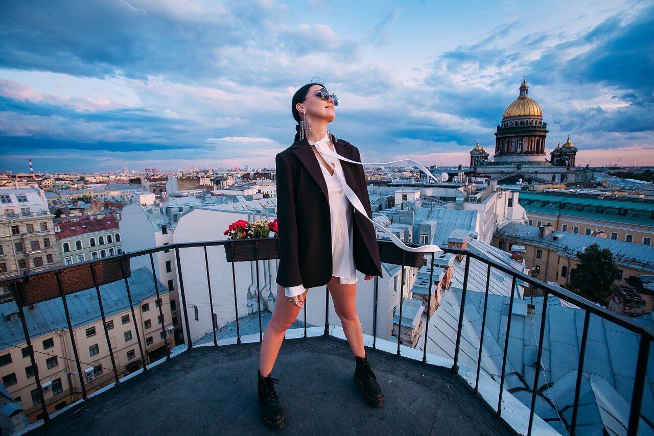Фотосессия на прекрасных крышах Питера