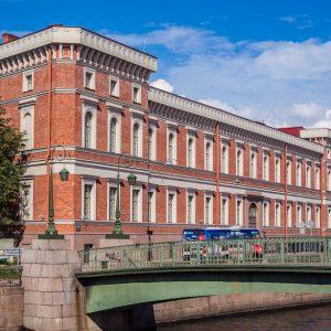Военно-морской музей в Санкт-Петербурге