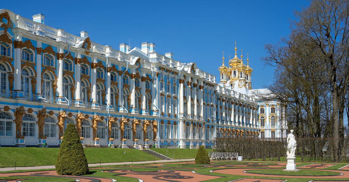 Экскурсия в Екатерининский дворец и парк в Пушкине