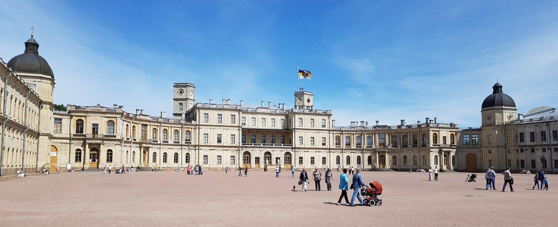Экскурсия по Гатчинскому дворцу с гидом