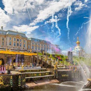 Открытие фонтанов в Петергофе в 2021 году