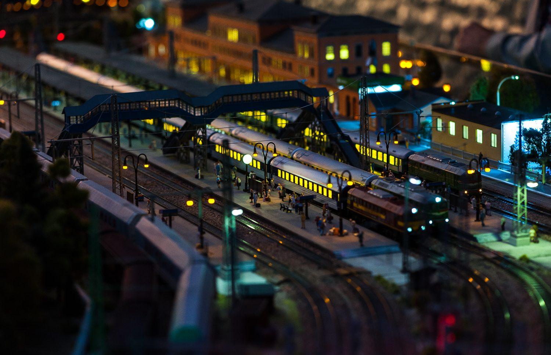 Железнодорожный вокзал ночью - Гранд Макет Россия