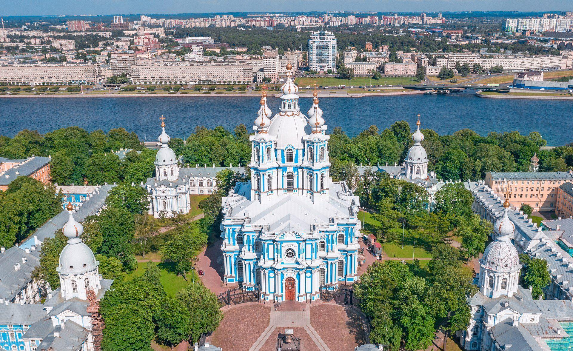 Архитектура Смольного собора