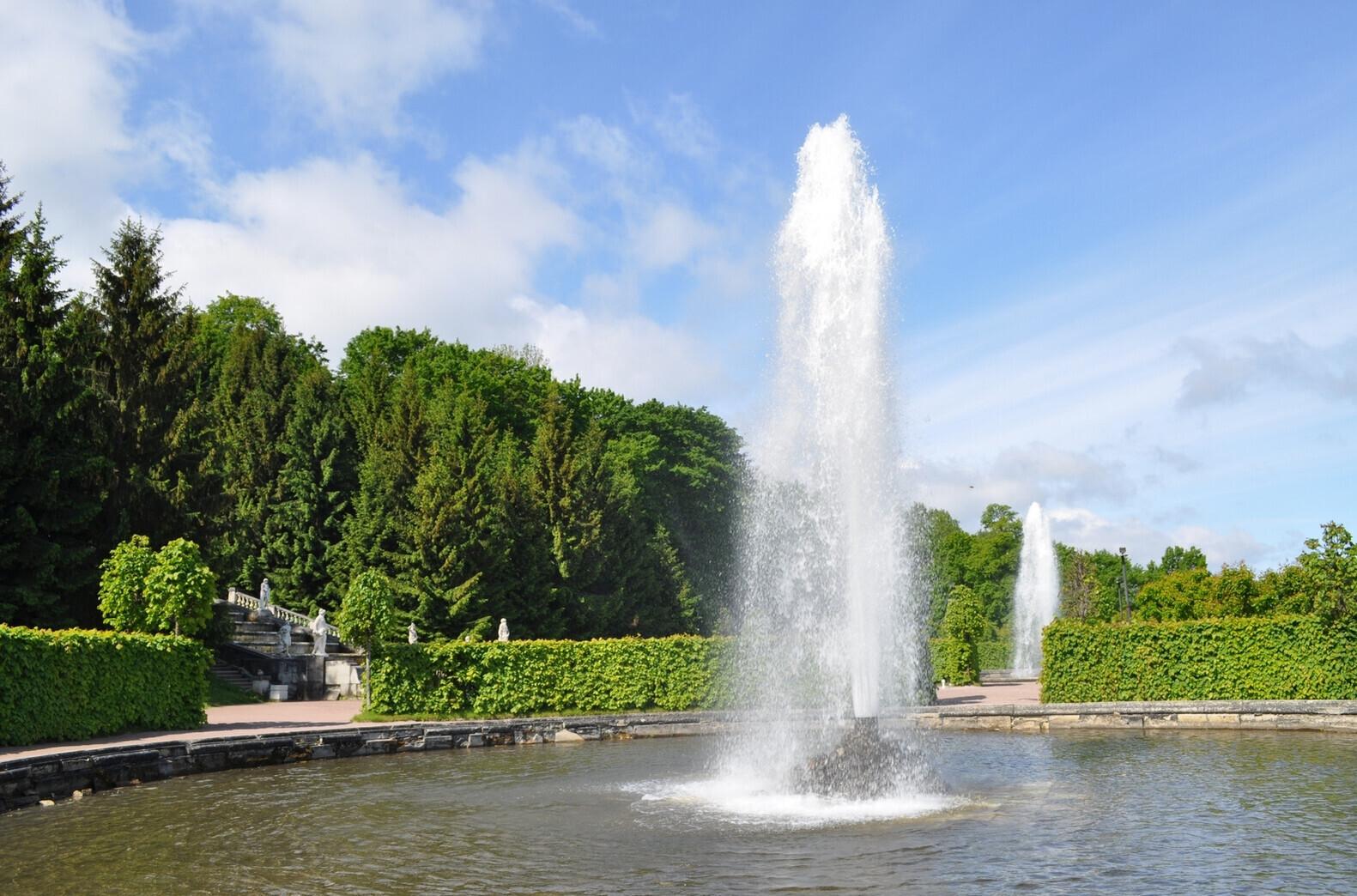 Менажерные фонтаны в петергофе