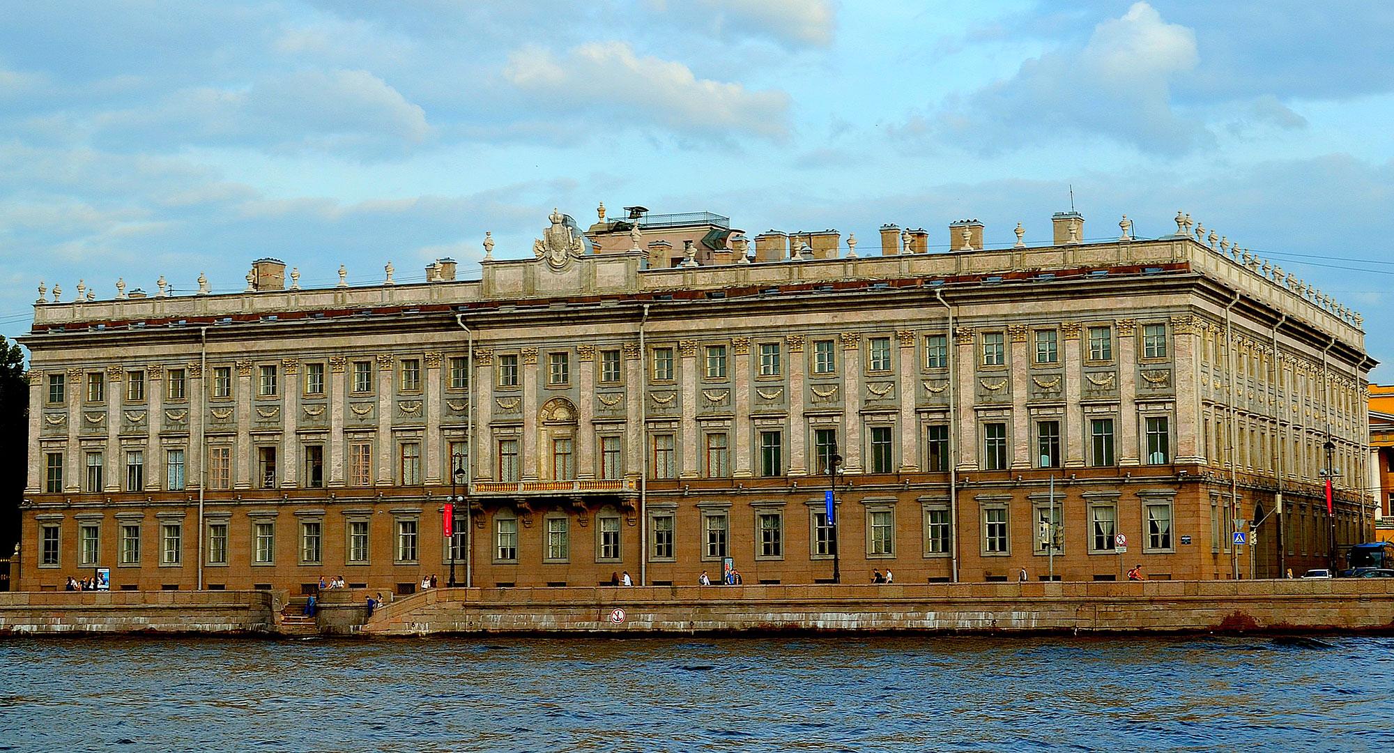 Архитектура Мраморного дворца в Санкт-Петербурге