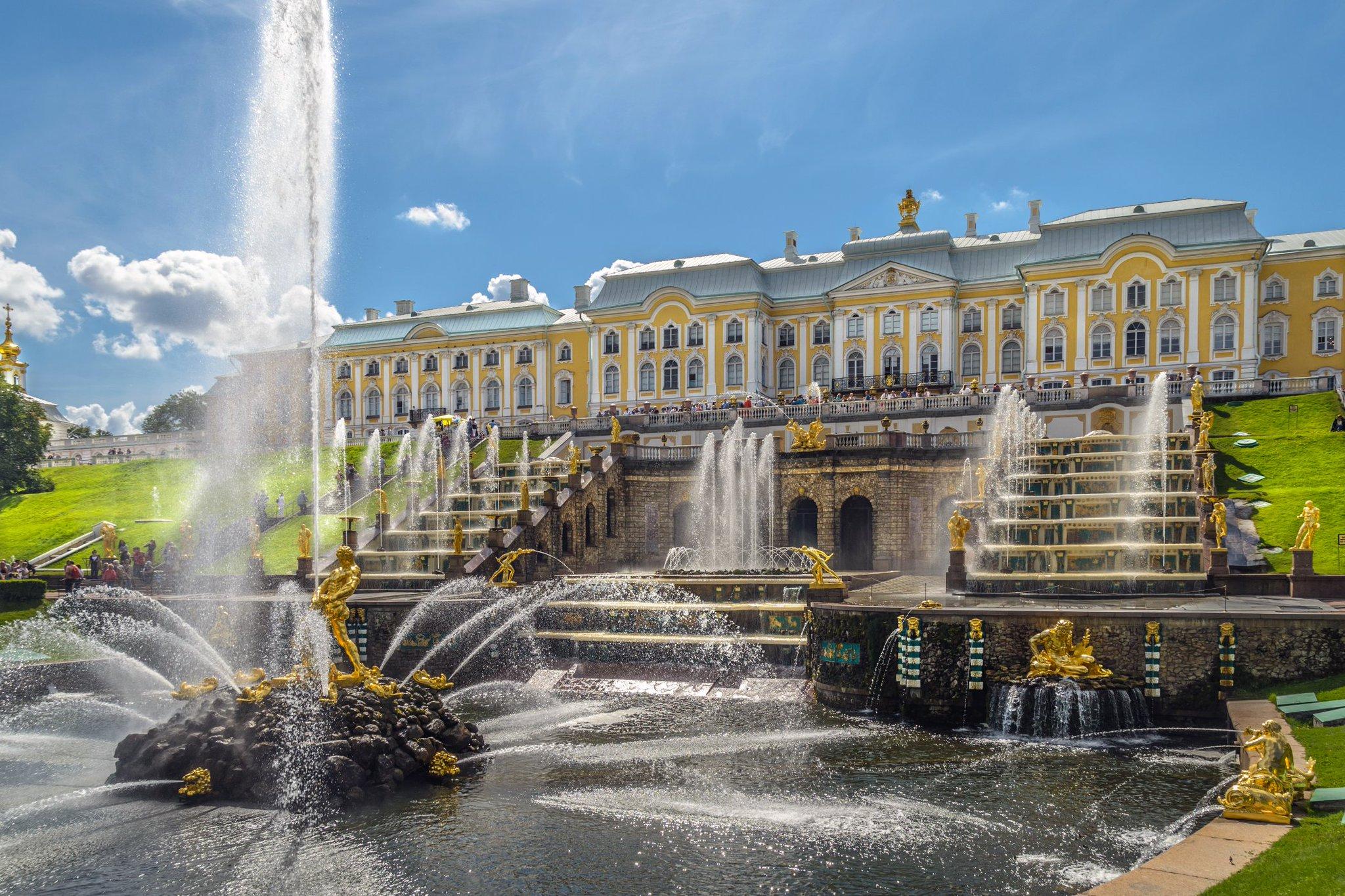 Ансамбль центральной части Нижнего парка Петергофа