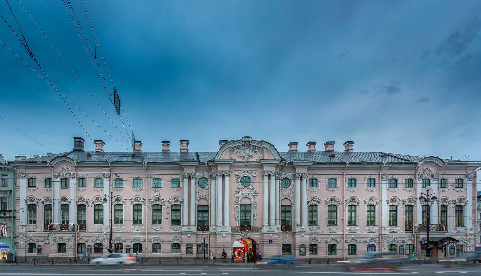 Строгановский дворец в Санкт-Петербурге архитектура