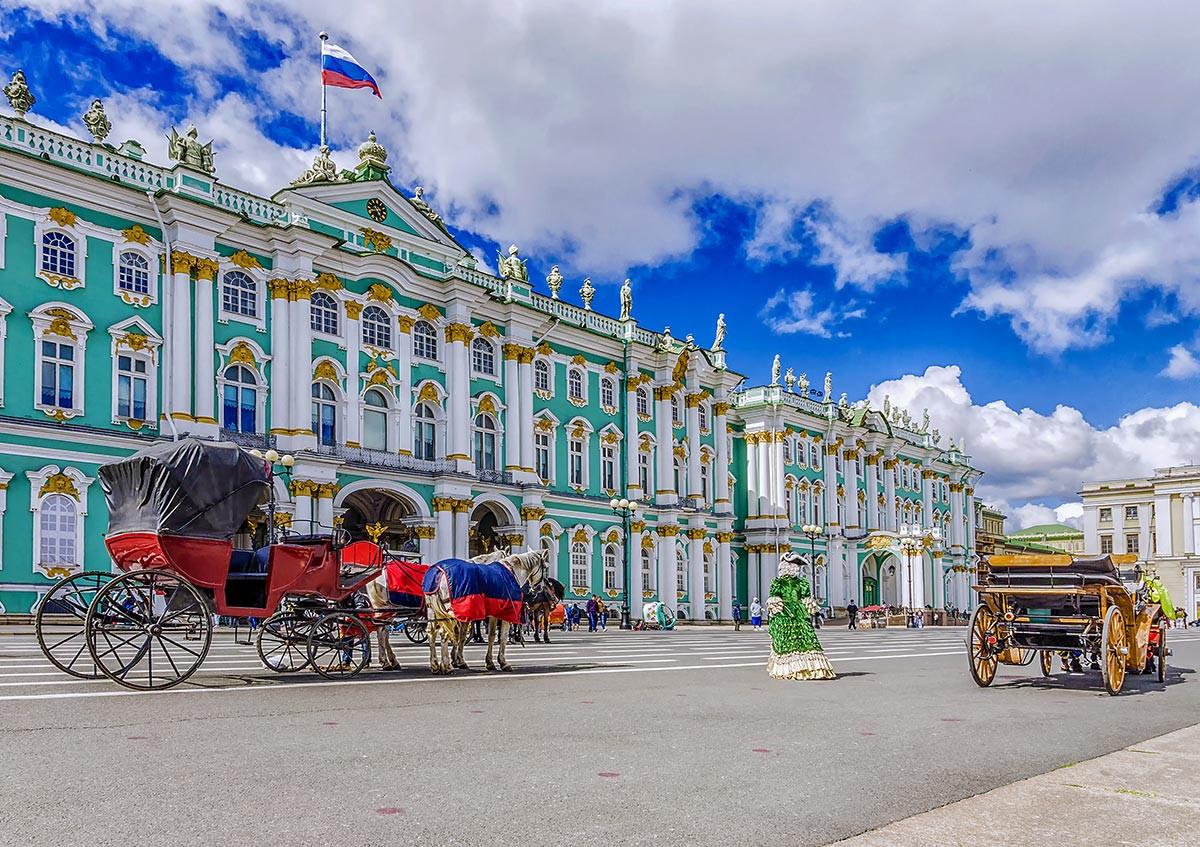 Обзорная автобусная экскурсия по Петербургу с посещением Эрмитажа