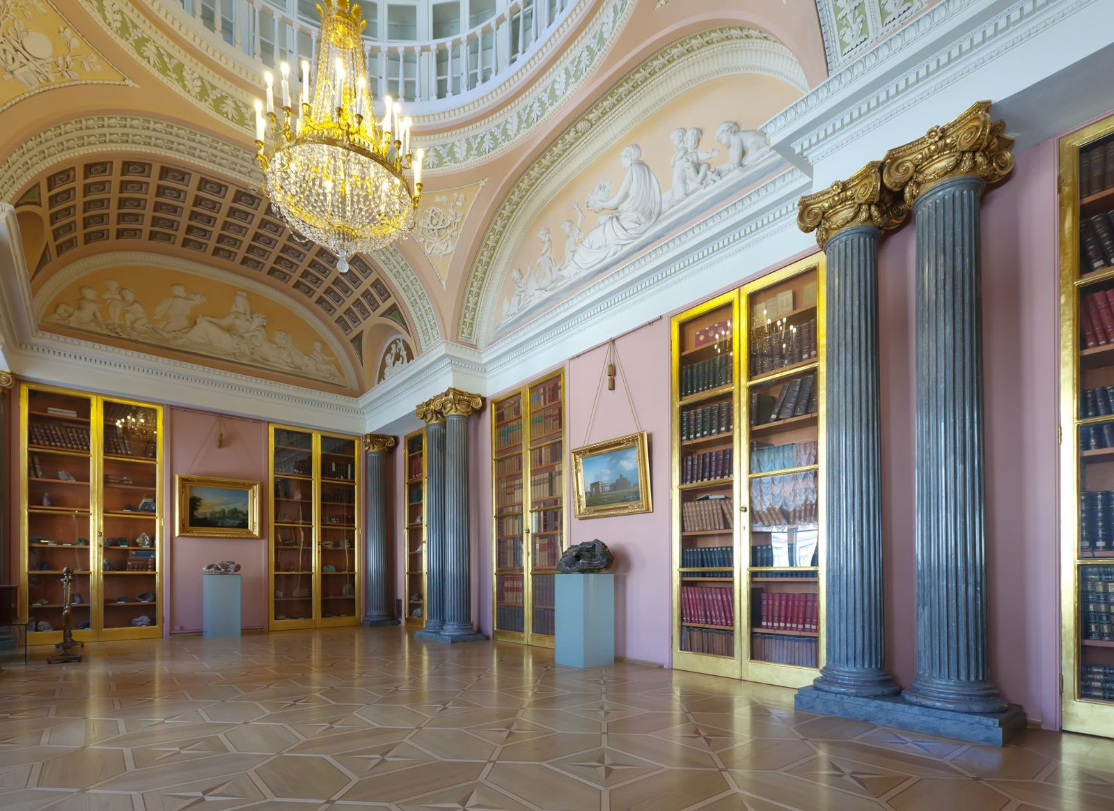 Минералогический кабинет в Строгановском дворце