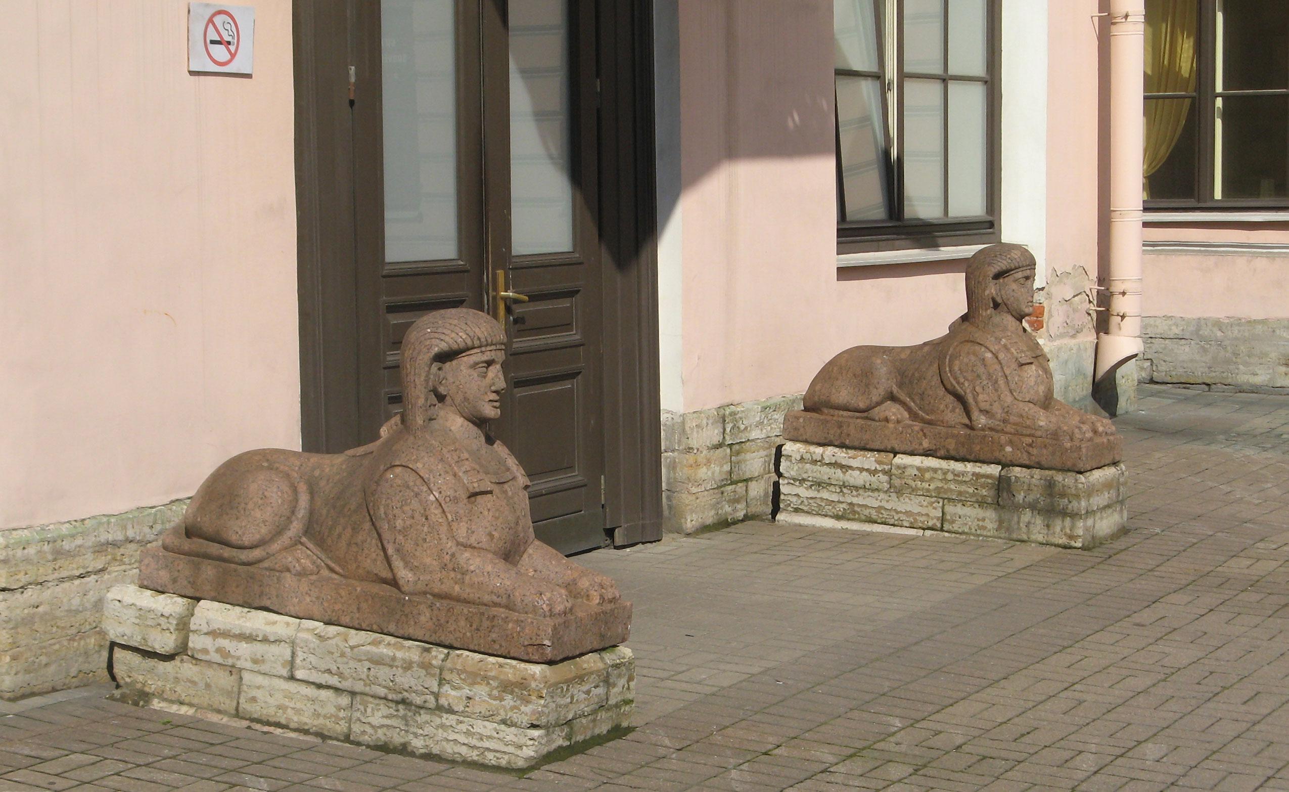 сфинксы строгановский дворец в санкт-петербурге