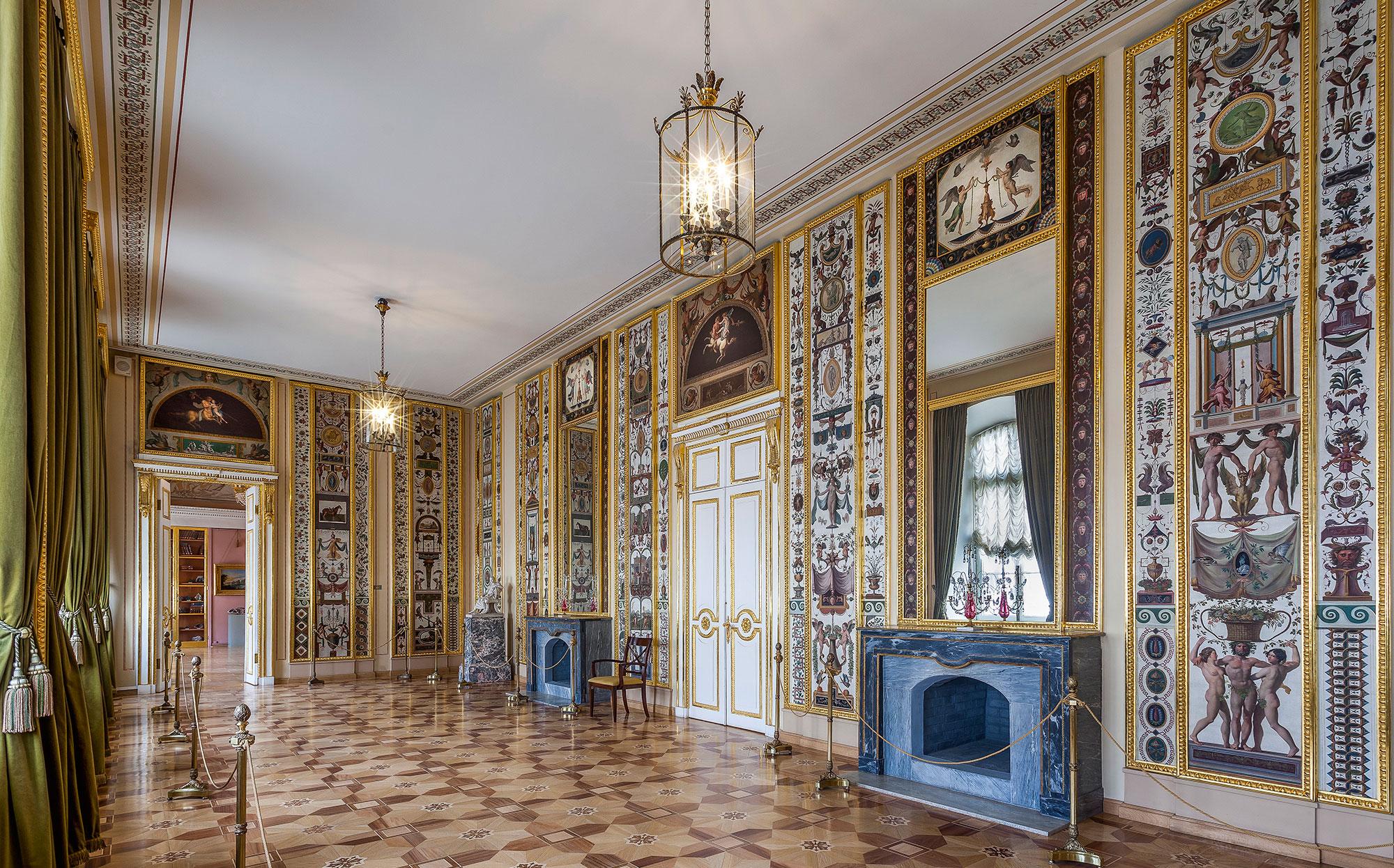 Арабесковая гостиная в Строгановском дворце