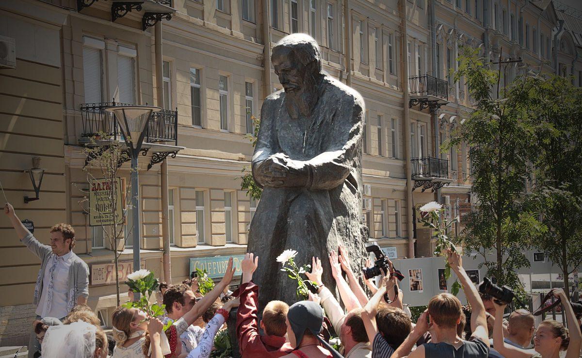 Экскурсии по городу, связанные с творчеством Достоевского