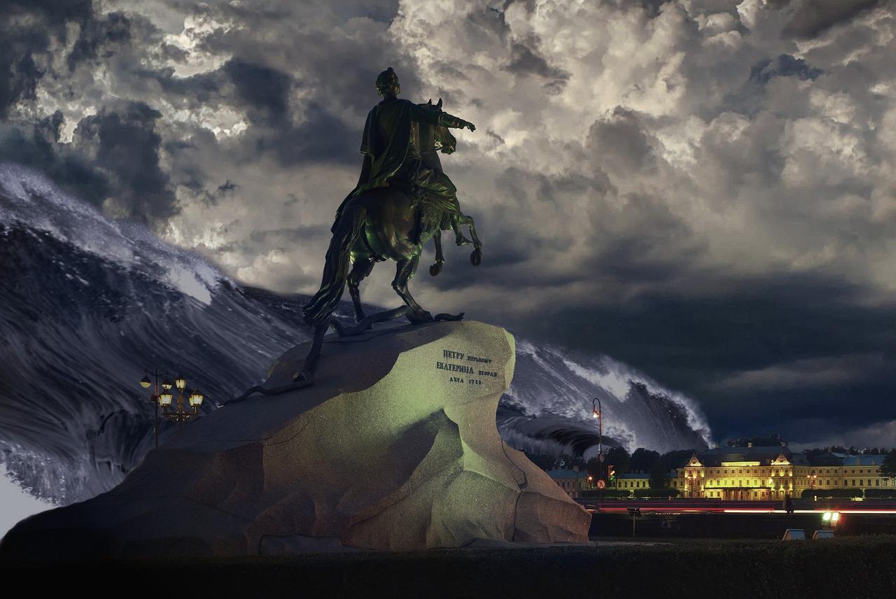 Памятник Медный всадник как всадник Апокалипсиса