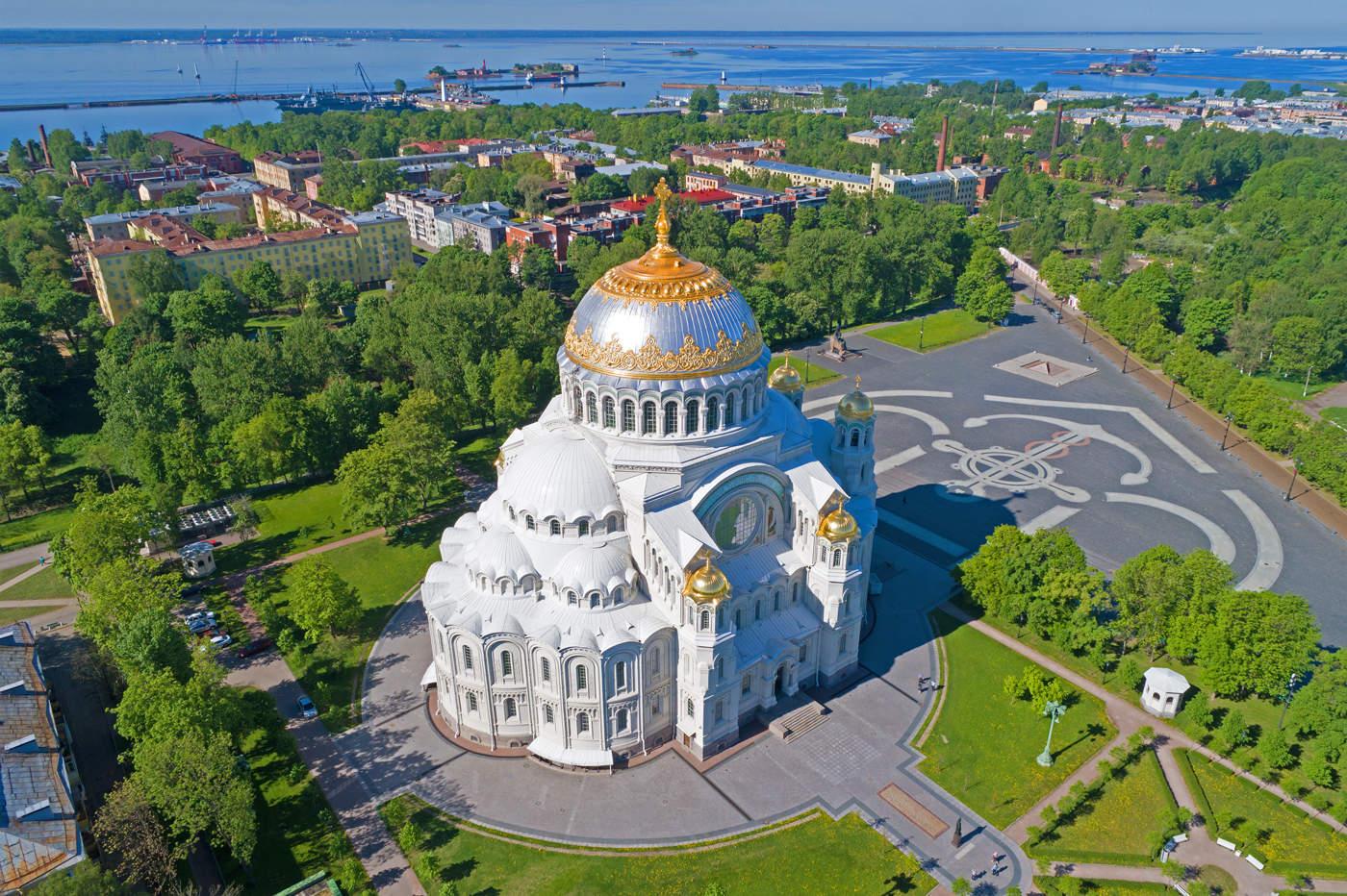 Экскурсия в Кронштадт на Метеоре из Санкт-Петербурга