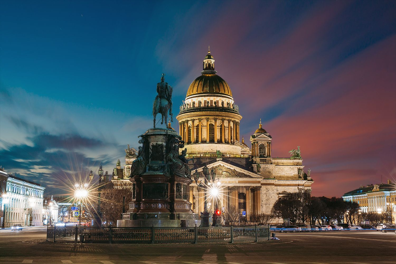 Индивидуальные ночные экскурсии по Санкт-Петербургу
